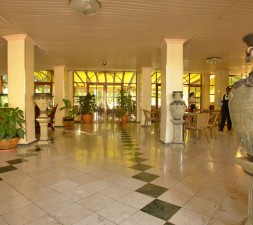 hotel-El-bosque_habana_25_hall